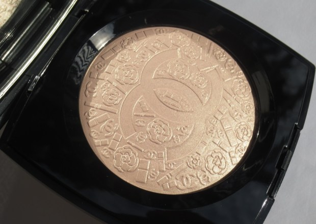 Chanel Illuminating Powder - Poudre Signee de Chanel  (11)