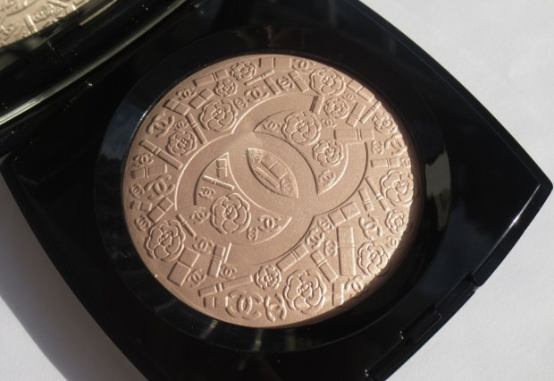 Chanel Illuminating Powder - Poudre Signee de Chanel