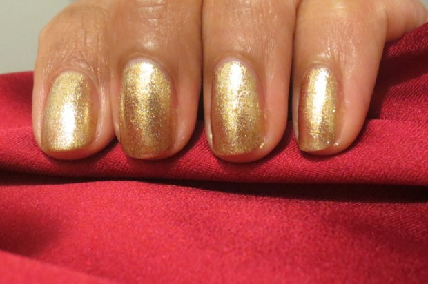 OPI Dazzled by Gold (5)