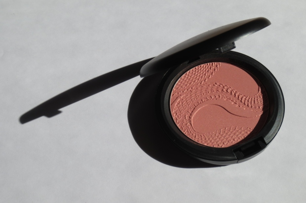 MAC Beauty Powder in Shell Pearl (4)