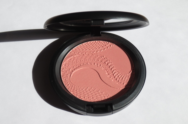MAC Beauty Powder in Shell Pearl (5)