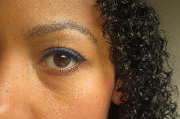 Stila Stay All Day Waterproof Liquid Eyeliner in Cobalt  (2)