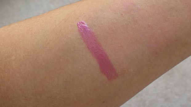 L'Oreal Color Caresse Shine Stain in Stubborn Plum