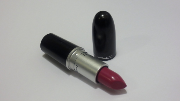 MAC Heavenly Hybrid
