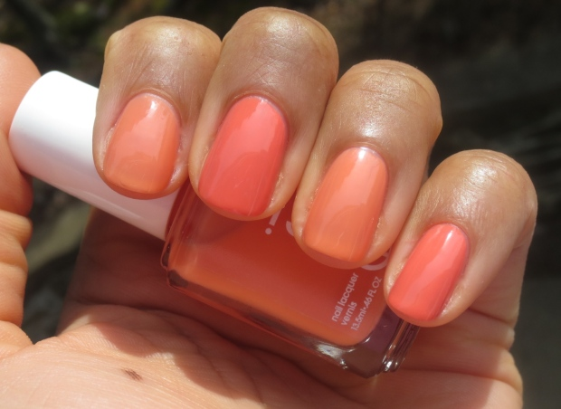 Chanel Orange Fizz vs Essie Resort Fling swatches