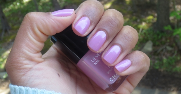 Chanel Sweet Lilac swatch