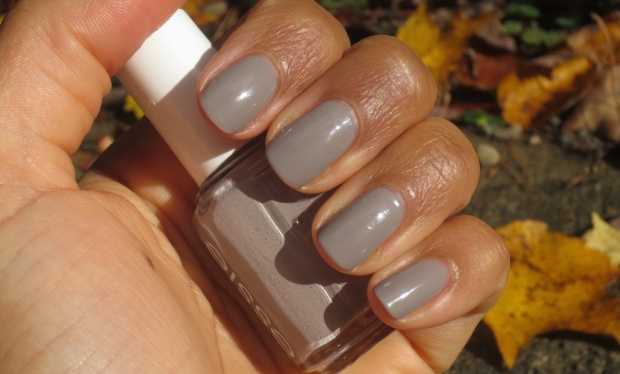Essie Master Plan swatch