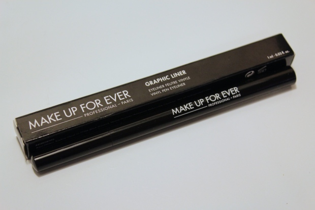MUFE Graphic Liner
