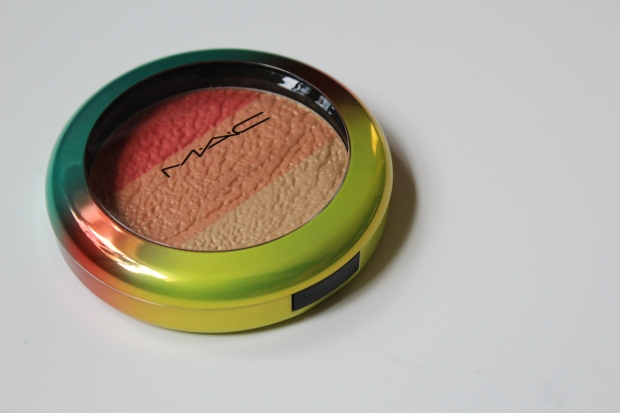 MAC High-Light Powder in Freshen Up