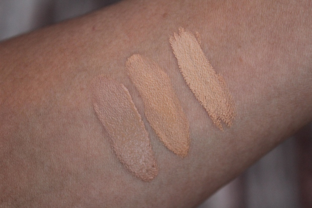 MUFE Ultra HD foundation Y405 & Y415 swatches